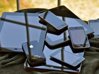 Apple продал уже миллиард мобильных устройств