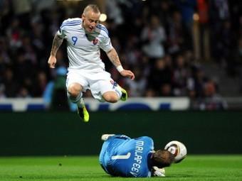 Сборная России обыграла словаков в отборочном матче Евро-2012