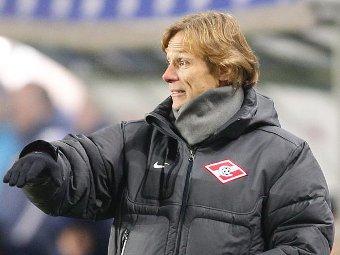 Валерий Карпин избежал отставки