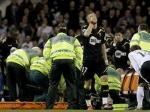 Матч Кубка Англии остановили из-за потерявшего сознание футболиста