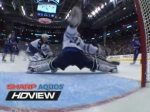 Игрок НХЛ забил гол и вывел из строя камеру